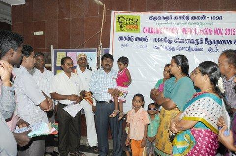 Thiruvarur District Collector inagurates the Childline  Signature Campaign